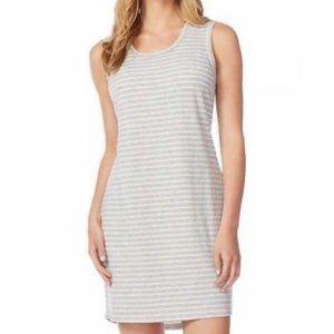 NWT.SIZE L.32 Degrees Gray & White Striped Dress.